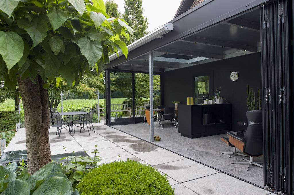moderne veranda bruynseels vochten. Black Bedroom Furniture Sets. Home Design Ideas